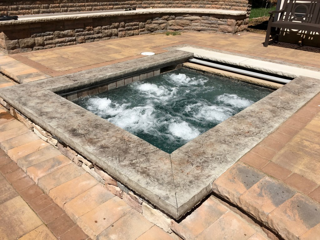in-ground gunite spa design, custom spa, residential