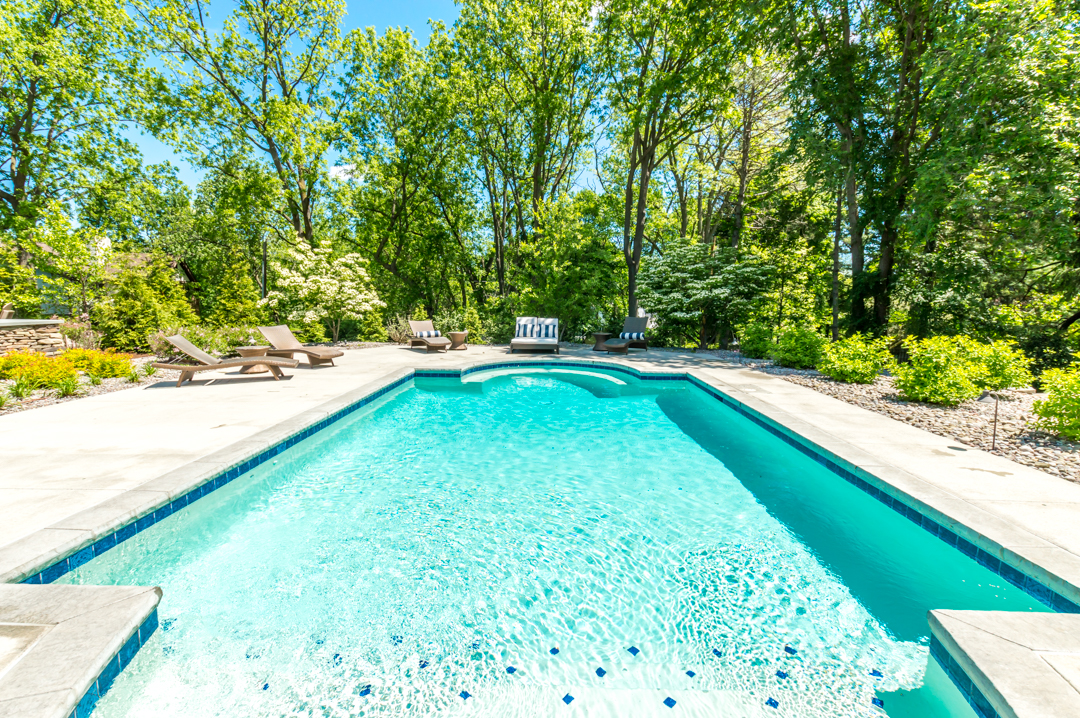 Inground gunite swimming pool, custom pool designs, leisure pools,