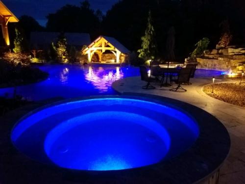 Gunite spa with custom lighting