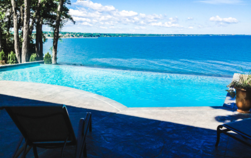 In-ground infinity pool