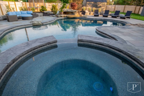 Custom Gunite Spa and Pool